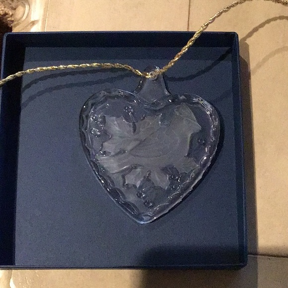 Mikasa Heart Shape Cardinal Ornament